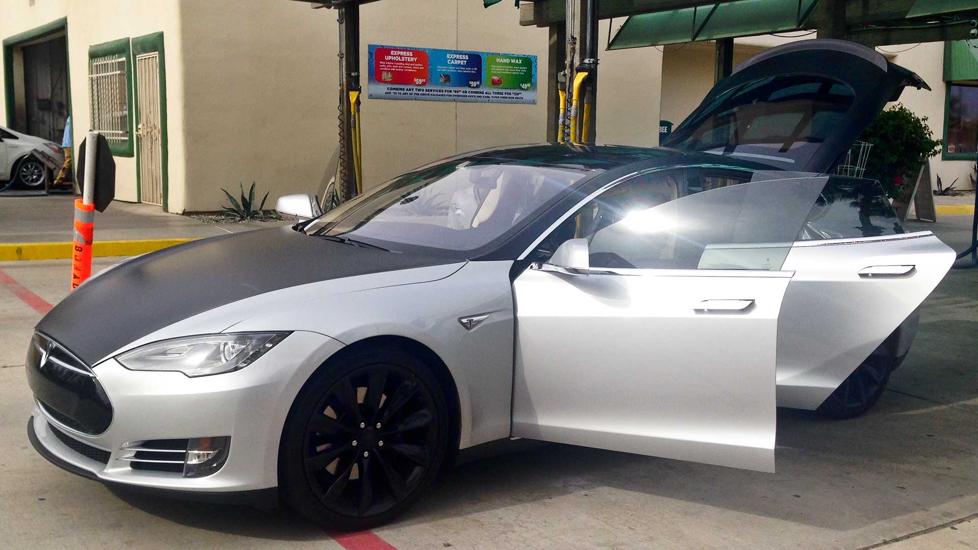 black-and-grey-tesla-at-cathedral-city-car-wash